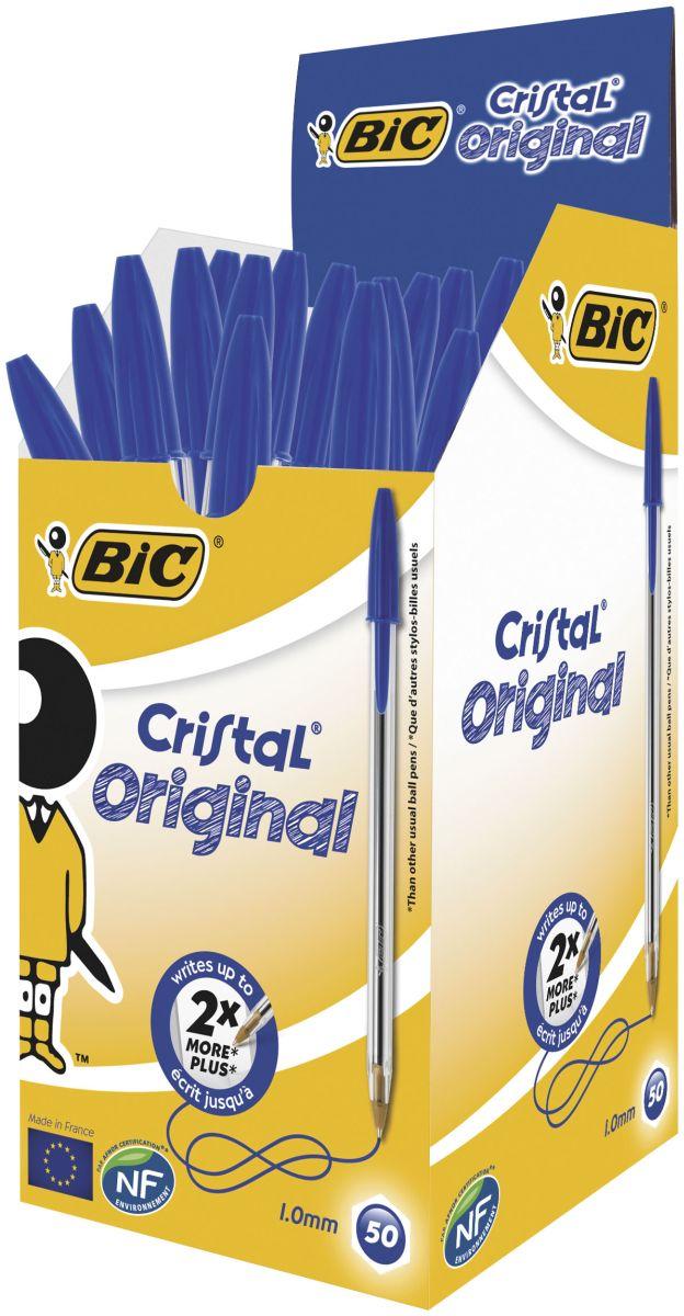 Bic Ручка шариковая Cristal цвет синийB847898Шариковая ручка BIC Cristal служит минимум вдвое дольше, чем любая другая аналогичная ручка. Толщина ее корпуса является идеальной для средней человеческой руки! Средняя длина письма 3 км. Цвет колпачка и задней защелки соответствует цвету чернил. Прозрачный корпус позволяет видеть уровень чернил. Сертифицировано эко-статусом NF Environment.