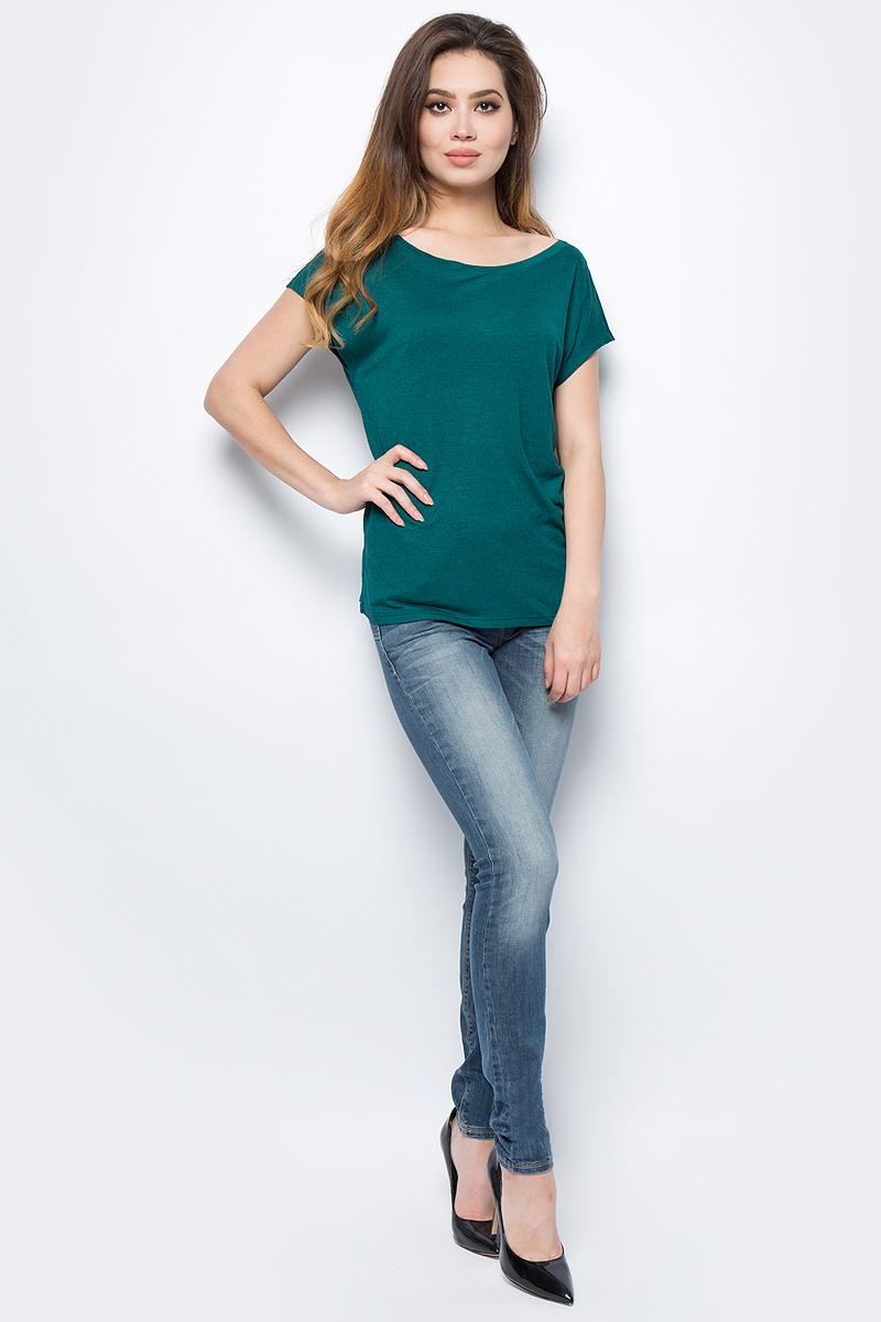 Футболка женская United Colors of Benetton, цвет: зеленый. 3DJGE1H50_28Y. Размер S (42/44)3DJGE1H50_28YФутболка женская United Colors of Benetton выполнена из качественного материала. Модель с круглым вырезом горловины и короткими рукавами.