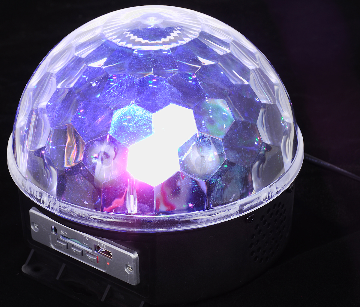 Светильник декоративный Vegas Диско-шар, 220V55106Предназначение: светодиодный шар применяется для создания эффекта светомузыки.