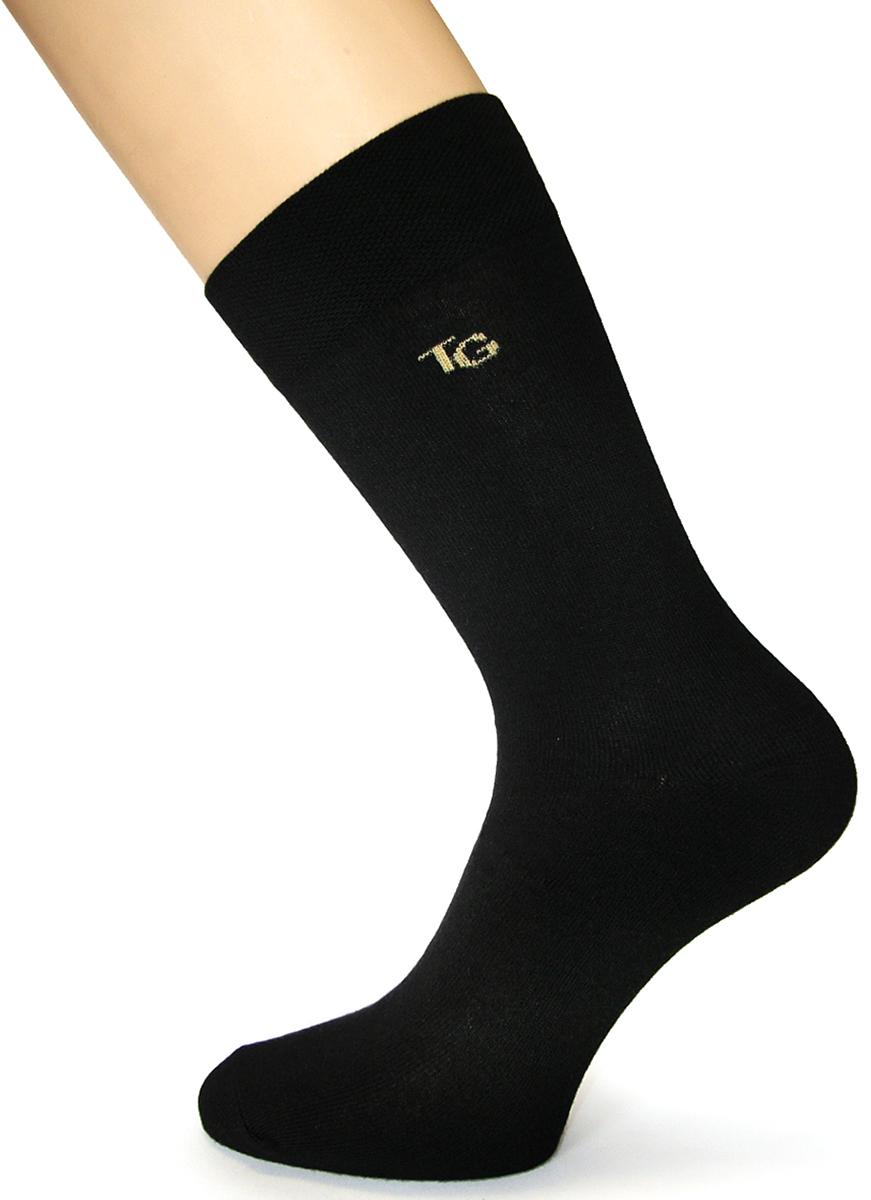 Носки мужские Touch Gold, цвет: черный. 022. Размер 25/27022Носки мужские предназначены для ежедневного использования. Классические однотонные носки с усиленными пяткой и мыском, очень прочные и рассчитаны на длительную носку, а также многократную стирку. В то же время, эти носки обеспечивают максимальный уровень комфорта, позволяют ногам дышать благодаря содержанию высокого процента гребенного хлопка.