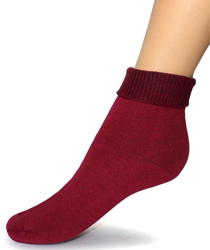 Носки женские Touch Gold, цвет: бордовый. 261. Размер 23/25261Женские носки с ослабленной резинкой разработаны для покупателей, имеющих чувствительные и слабые ноги, атлетическую ступню, с диабетом, артритом и просто для тех, кто любит комфортное прилегание носков без перетягивания. Высокая ослабленная резинка позволяет фиксировать наиболее удобную длину, сделав отворот или равномерно распределив ее по голени. Позаботьтесь о себе и своих близких! На носках имеется стикер, выделяющий группу носков с ослабленной резинкой.