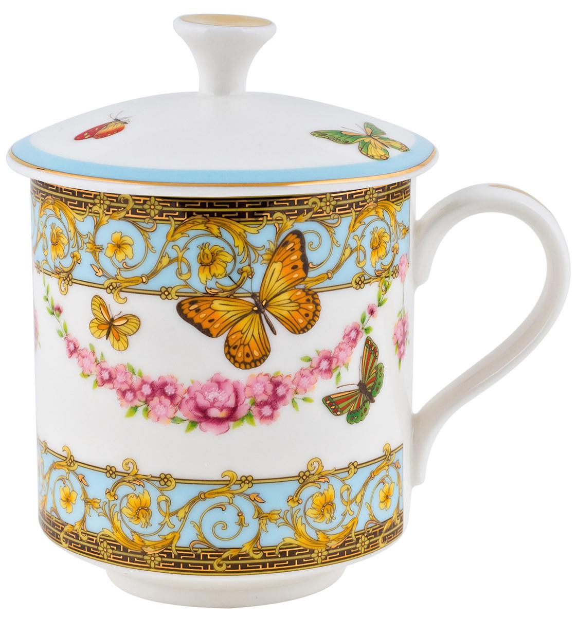 Кружка Elff Decor Italy design, с крышкой, 320 мл130-016Кружка из серии посуды Italy design, в которой каждый предмет выглядит невероятно нежно и изысканно. Нежные цветы и порхающие бабочки, эта роскошная коллекция - образец гармоничного дизайна в романтическом стиле. Оригинальная посуда на ножках сделает неповторимым ваш интерьер !
