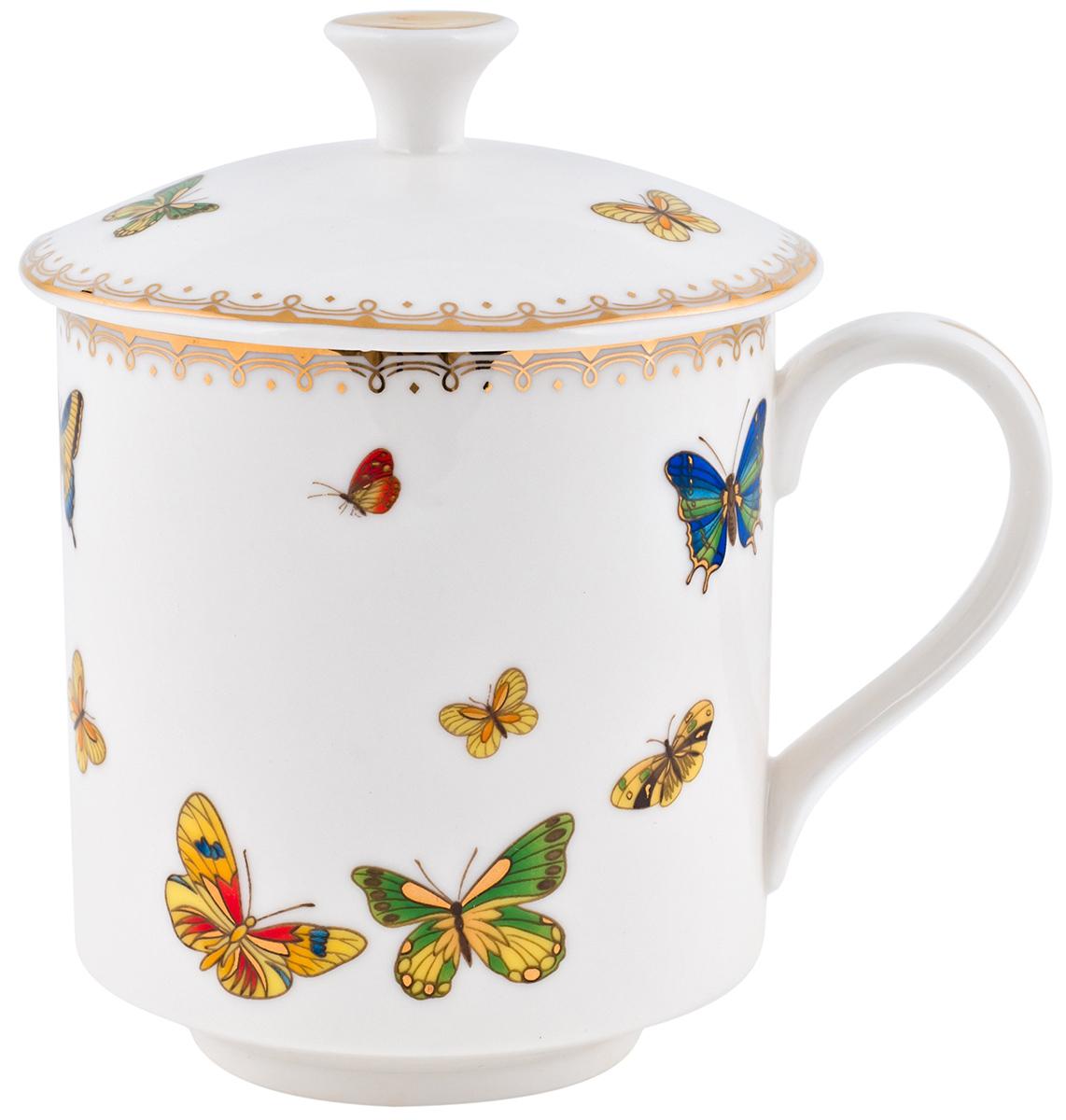Кружка Elff Decor Italy design, с крышкой, 320 мл. 130-027130-027Кружка из серии посуды Italy design, в которой каждый предмет выглядит невероятно нежно и изысканно. Нежные цветы и порхающие бабочки, эта роскошная коллекция - образец гармоничного дизайна в романтическом стиле. Оригинальная посуда на ножках сделает неповторимым ваш интерьер !