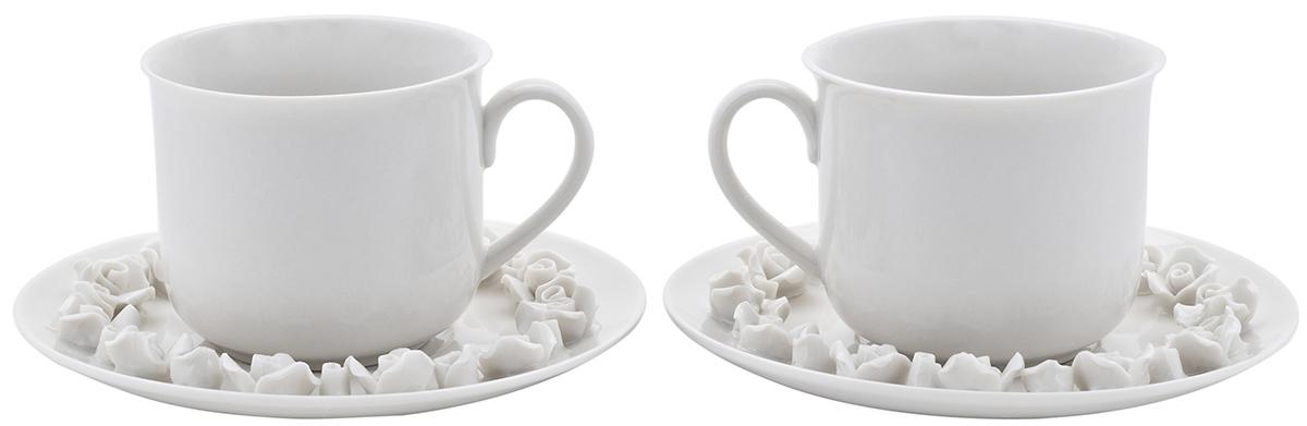 Набор чайный Elff Decor, 4 предмета130-026Набор из серии посуды Italy design, в которой каждый предмет выглядит невероятно нежно и изысканно. Нежные цветы и порхающие бабочки, эта роскошная коллекция - образец гармоничного дизайна в романтическом стиле. Оригинальная посуда на ножках сделает неповторимым ваш интерьер!