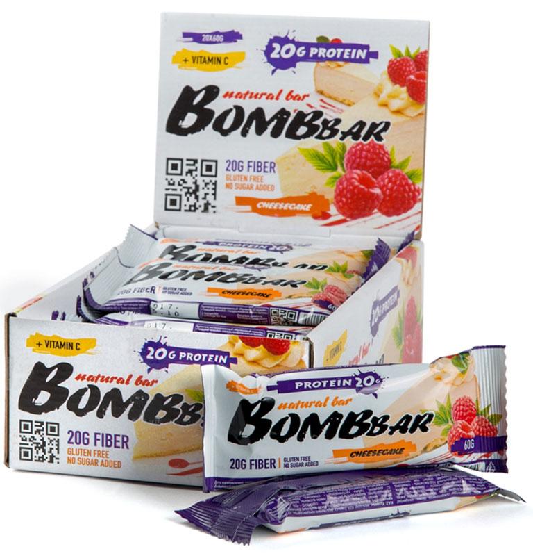 Батончик протеиновый Bombbar, малиновый чизкейк, 20 шт х 60 г14620020960554Bombbar - это спортивный батончик с высоким содержанием протеина и минимальным количеством сахара. Обладает восхитительным вкусом, быстро снабжает организм многокомпонентным протеином, отлично подходит для белковой диеты.Протеиновый батончик Bombbar:- поможет снизить вес,- питает мышечную массу,- придает эффект сытости,- улучшает общее состояние системы пищеварения,- способствует росту полезной микрофлоры,- способствует подержанию здорового уровня сахара в крови,- не содержит сахар,- не содержит ГМО. Состав: белки 40% (концентрат сывороточного белка, концентрат молочного белка), изомальтоолигосахарид, вода, эквивалент масла какао, малина порошок, агент влагоудерживающий (глицерин, сорбитол), соль, ароматизаторы натуральные, регулятор кислотности - лимонная кислота, аскорбиновая кислота (витамин С), натуральный подсластитель - стевиозид. Может содержать следы арахиса. Содержит сорбит: при чрезмерном употреблении может оказывать слабительное действие.Как повысить эффективность тренировок с помощью спортивного питания? Статья OZON Гид
