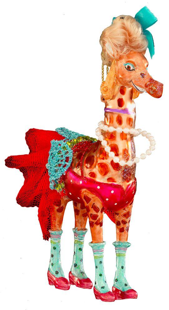 Украшение для интерьера новогоднее Erich Krause Жираф-стиляга, 15 см43749Красочная елочная игрушка в виде жирафа - звезда любой елки! Украшение имеет массу ярких деталей: настоящий парик, кружевная юбка, бусы и выделяющиеся голубые гетры! Изделие выполнено из высококачественного стекла. Новогодние украшения всегда несут в себе волшебство и красоту праздника. Создайте в своем доме атмосферу тепла, веселья и радости, украшая его всей семьей.