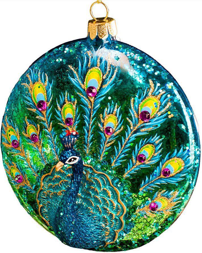 Украшение для интерьера новогоднее Erich Krause Павлин. Медальон, 10 см43901Стеклянный медальон украшен изящной фигуркой павлина, выполненной из полирезины. Передняя часть медальона расписана под павлиний хвост и декорирована крупными стразами. Новогодние украшения всегда несут в себе волшебство и красоту праздника. Создайте в своем доме атмосферу тепла, веселья и радости, украшая его всей семьей.
