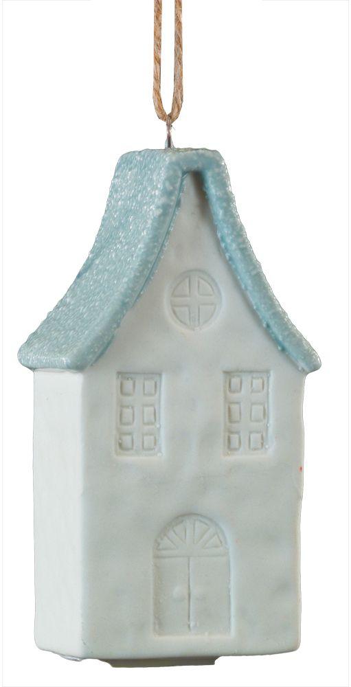 Украшение для интерьера новогоднее Erich Krause Голландский Домик, 8,5 см44203Оригинальное елочное украшение в виде домика в голландском стиле интересно необычной шероховатой поверхностью крыши. Цветовая гамма по-зимнему нежная, когда перекликаются белый и деликатно-голубой цвета. Новогодние украшения всегда несут в себе волшебство и красоту праздника. Создайте в своем доме атмосферу тепла, веселья и радости, украшая его всей семьей.