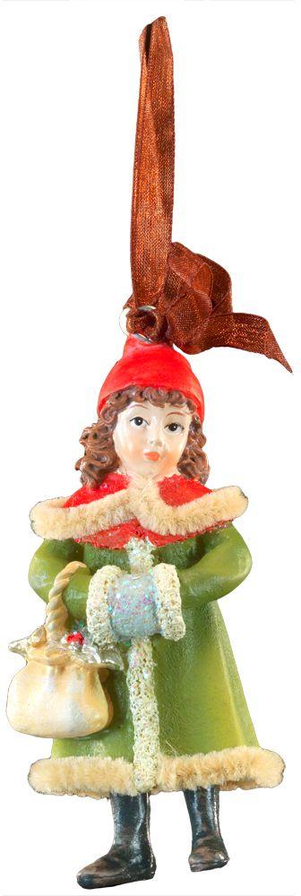 """Фигурки ребятишек в стиле """"ретро"""" являются хитом на протяжении многих лет. Эти украшения нравятся детям и взрослым. Стоит обратить внимание на необычайно красивую опушку пальто этой модели.  Новогодние украшения всегда несут в себе волшебство и красоту праздника. Создайте в своем доме атмосферу тепла, веселья и радости, украшая его всей семьей."""