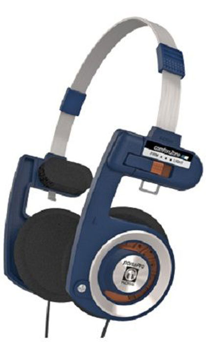 Koss Porta Pro Casual наушники15119655По качеству звука Koss Porta Pro Casual способны удовлетворить потребности наиболее взыскательных меломанов. Модель отличается великолепными басами, широким частотным диапазоном и высокой чувствительностью.Продуманная конструкция Koss Porta Pro Casual, неизменная вот уже несколько десятилетий, невероятно удобна и легка. Это позволяет с комфортом носить наушники в течение сколь угодно долгого времени. Модель не только компактно складывается, но и регулируется вручную: вы можете изменить длину оголовья или силу прижатия динамиков к голове.Особенности:Портативные дуговые наушники открытого типаЧистый неискаженный звук, глубокие басыУдобная складная конструкция, надежная металлическая дужка Уникальный дизайн, повышенная комфортностьОбмотка катушек из бескислородной меди.