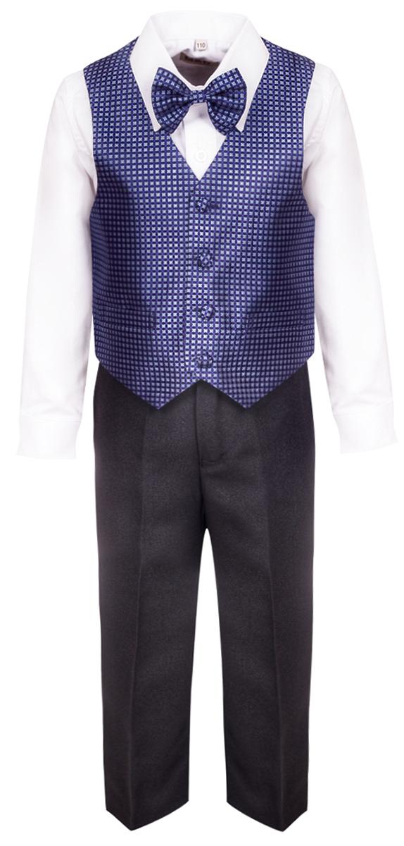 Костюм для мальчика M&D, цвет: синий. HWI17015109. Размер 116HWI17015109Костюм для мальчика M&D изготовлен из высококачественного материала. Костюм включает в себя рубашку, брюки, жилет и галстук-бабочку.Рубашка с отложным воротником и длинными рукавами застегивается на пуговицы. Манжеты рукавов оснащены застежками-пуговицами.Брюки классического кроя и стандартной посадки застегиваются на пуговицу в поясе и ширинку на застежке-молнии. На поясе имеются шлевки для ремня. Пояс по бокам присборен на резинки. Брюки дополнены втачными карманами. Жилет с V-образным вырезом горловины застегивается на пуговицы. Спереди расположены два прорезных кармана. Галстук-бабочка оснащен эластичной резинкой.
