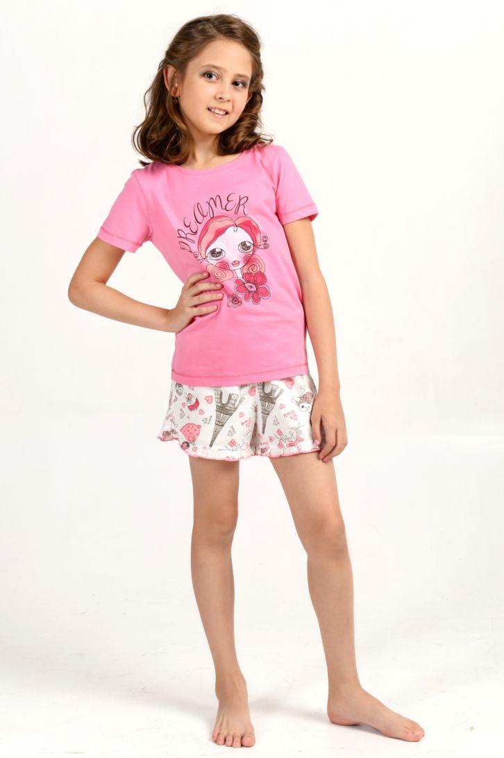 Пижама для девочки Melado Парижанка, цвет: розовый. MK2650/01. Размер 110MK2650/01Удобная и красивая пижама для девочки от Melado, состоящая из футболки и шорт, изготовлена из натурального хлопка. Футболка с короткими рукавами и круглым вырезом горловины спереди оформлена интересным принтом. Шорты с эластичной резинкой на талии.