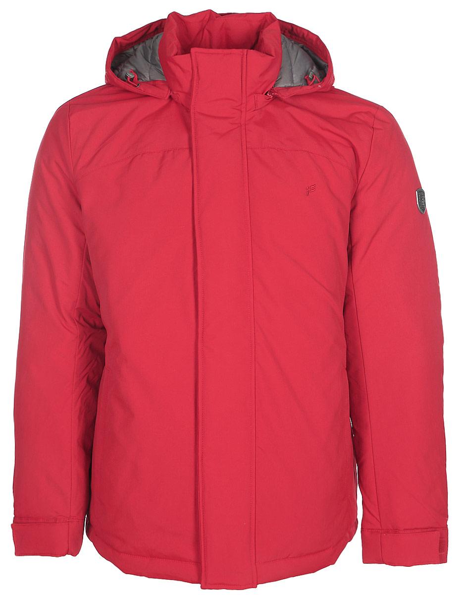 Куртка мужская Finn Flare, цвет: вишневый. W17-22015_304. Размер 5XL (60)W17-22015_304Стильная мужская куртка Finn Flare превосходно подойдет для холодной погоды. Куртка выполнена из высококачественного материала с подкладкой и наполнителем из натурального пуха и пера. Модель прямого кроя, с длинными рукавами и съемным капюшоном застегивается на молнию и дополнительно имеет планку на кнопках. Изделие дополнено двумя втачными карманами на молниях. Рукава оснащены манжетами с застежками-липучками, защищающими от продувания.