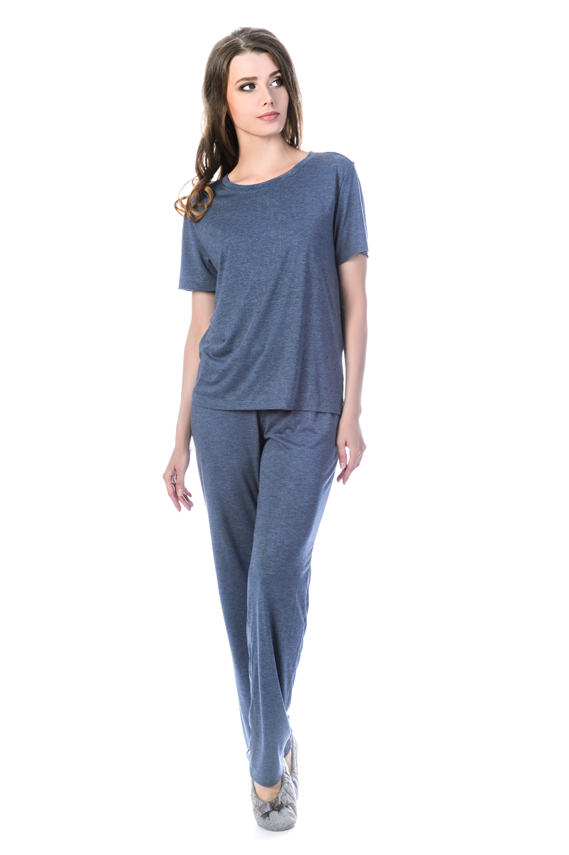Пижама женская Melado Луара, цвет: индиго. MV2838/01. Размер 46MV2838/01Стильный домашний комплект-пижама с брюками и футболкой. Мягкое полотно и высокое качество пошива делает модель удобной и изящной.