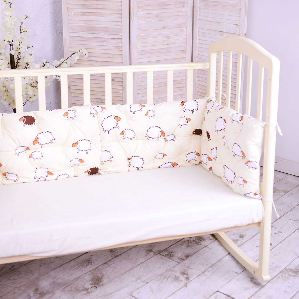 HoneyMammy Бортики-подушки в кроватку Sheeps