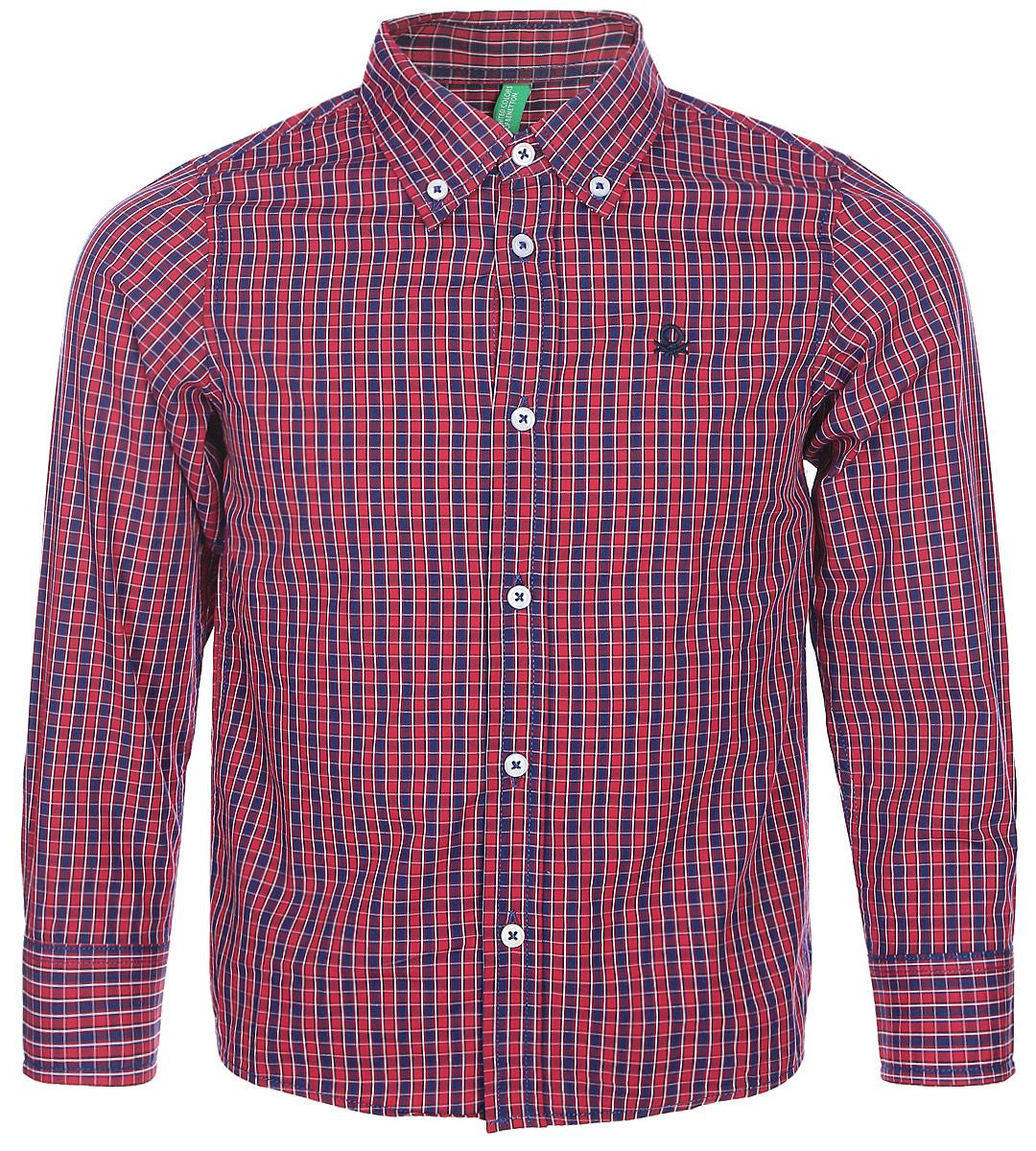 Рубашка для мальчика United Colors of Benetton, цвет: красный, синий. 5DU65Q200_974. Размер 1205DU65Q200_974Рубашка для мальчика United Colors of Benetton выполнена из натурального хлопка. Модель с отложным воротником застегивается на пуговицы.