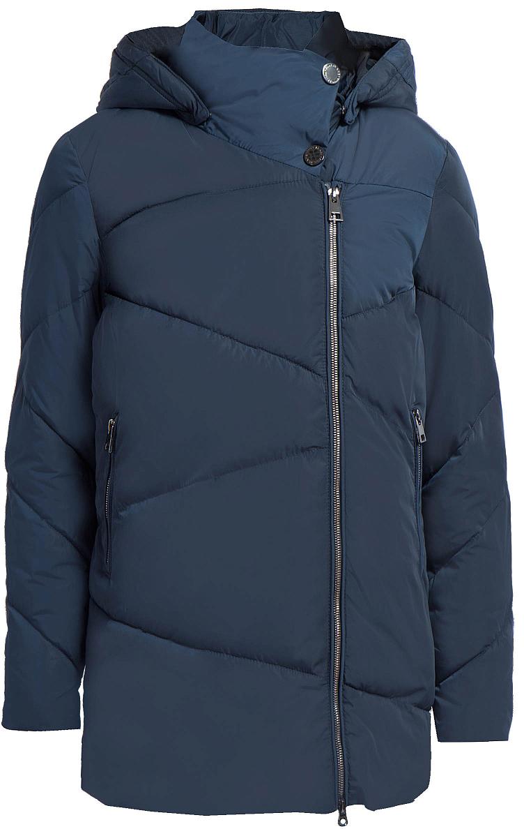 Куртка женская Finn Flare, цвет: темно-синий. W17-12022_101. Размер M (46)W17-12022_101Теплая женская куртка изготовлена из качественного полиэстера. В качестве утеплителя используется синтепон. Модель с длинными рукавами и съемным капюшоном застегивается на молнию. По бокам расположены врезные карманы на застежках-молниях.
