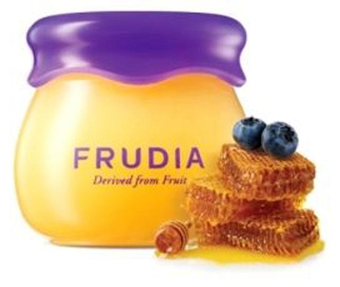 Frudia Blueberry and Honey Увлажняющий бальзам для губ с черникой и медом, 10 г03571Бальзам-джем моментально увлажняет и снимает ощущения дискомфорта и сухости, придавая соблазнительный объем и легкий блеск. Питательная формула восстанавливает поврежденную кожу, создавая защиту.