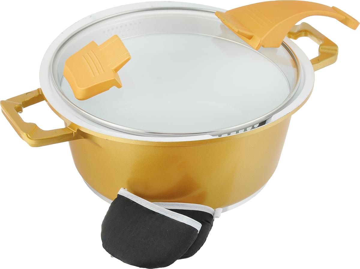 """Кастрюля """"BartonSteel"""" изготовлена из литого алюминия с высококачественным  внутренним противопригарным белым керамическим покрытием, которое придает  поверхности чрезвычайную гладкость. Пища не прилипает к ней, даже при  использовании минимального количества масла или жира, а чем меньше жира -  тем меньше калорий.  Такая кастрюля прекрасно подходит для приготовления супов, жарки, пассировки  и тушения, в посуде можно приготовить разнообразные блюда из мяса, рыбы,  птицы и овощей. Готовое блюдо получится не только вкусным, но и полезным.  Кастрюля оснащена литыми ручками. Текстильные прихватки для ручек защищают  руки от ожогов. Крышка из жаропрочного стекла имеет эргономичную  бакелитовую ручку. Корпус посуды с двух сторон оснащен носиками, а стальной  обод крышки - отверстиями, что позволяет удобно сливать жидкость не снимая  крышки. Можно использовать на газовых, электрических, стеклокерамических,  галогеновых и индукционных плитах. Можно мыть в посудомоечной машине."""