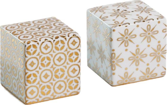Набор для специй Rosanna Kashmir, 2 шт95859Вдохновленная великолепием индийского искусства ручной вышивки, коллекция Kashmir игриво забирает титул самой элегантной моделисервировки.В основе серии — посуда из настоящего фарфора. Оригинальный набор для специй Rosanna Kashmir, 2 шт станет украшением вашейкухни. Он состоит из солонки и перечницы (высота 5 см, ширина 6 см, глубина 6 см). Набор для специй Rosanna Kashmir, 2 шт упакован в свою фирменную коробку с отдельным дизайном - это еще сильнее подчеркиваетособенность этой серии.