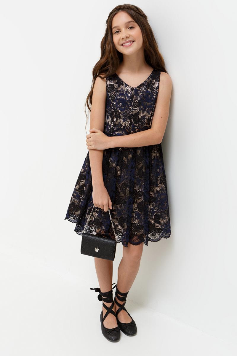 Платье для девочки Acoola Samanta, цвет: черный. 20210200198_100. Размер 14020210200198_100Стильное платье Acoola идеально подойдет вашей дочурке. Платье выполнено из полиамида с добавлением хлопка, и подкладкой из полиэстера и хлопка. Платье без рукавов и V - образным вырезом горловины оформлено ажурным плетением. Модель застегивается на молнию, расположенную на спинке.