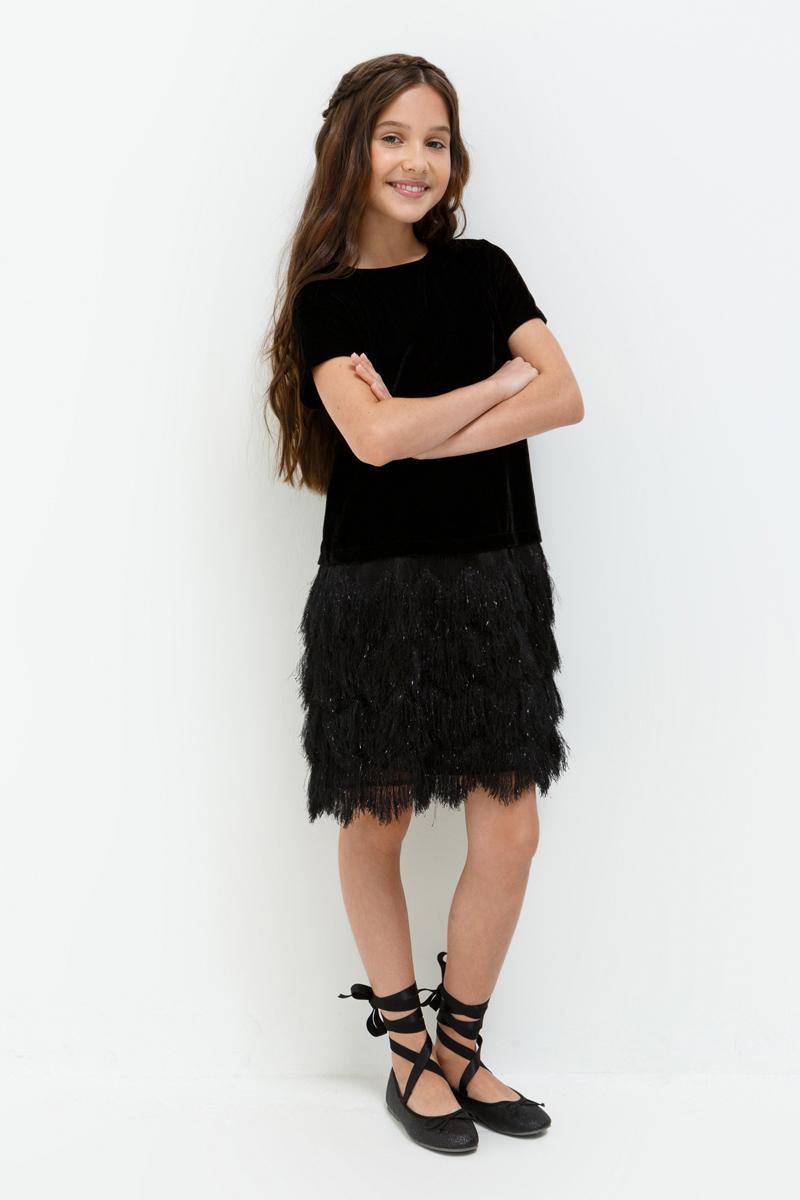 Платье для девочки Acoola Mila, цвет: черный. 20210200192_100. Размер 15820210200192_100Стильное платье Acoola идеально подойдет вашей дочурке. Платье выполнено из высококачественных материалов с подкладкой из полиэстера и хлопка. Платье с короткими рукавами и круглым вырезом горловины застегивается на пуговицу, расположенную на спинке.