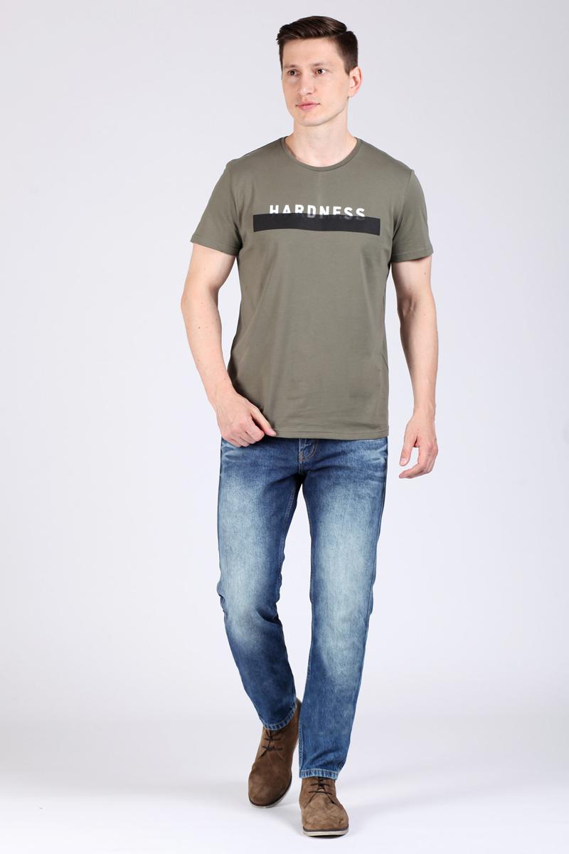 Джинсы мужские Tom Farr, цвет: синий. TM2140.35702-2-coll. Размер 30-34 (48-34)TM2140.35702-2-collМужские джинсы от Tom Farr выполнены из натурального хлопкового денима. Модель, свободная в верхней части, зауженная книзу, в поясе застегивается на пуговицу и имеет ширинку на молнии, имеются шлевки для ремня. Джинсы имеют классический пятикарманный крой.