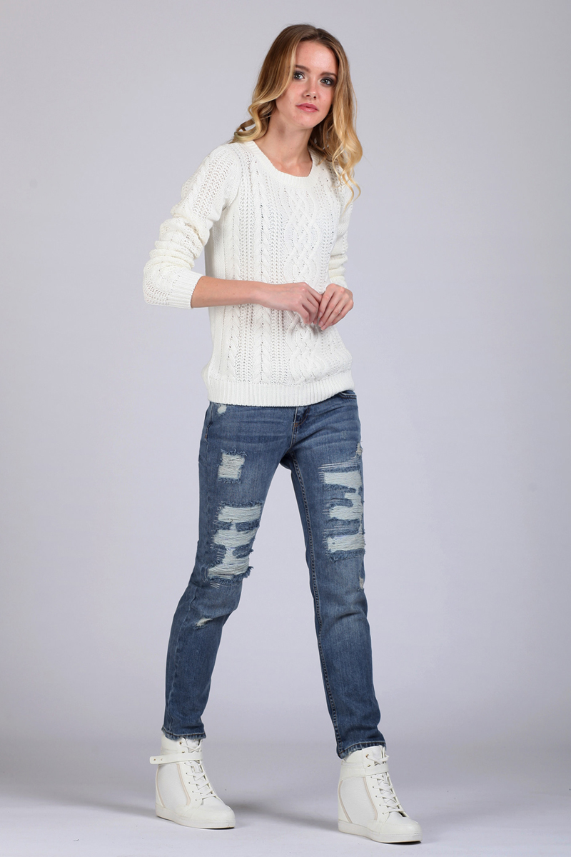 Джинсы женские Tom Farr, цвет: синий. TW2961.35701-2-coll. Размер 29-32 (46-32)TW2961.35701-2-collЖенские джинсы от Tom Farr выполнены из натурального хлопкового денима. Модель кроя бойфренд в поясе застегивается на пуговицу и имеет ширинку на молнии, имеются шлевки для ремня. Джинсы имеют классический пятикарманный крой и декорированы потертостями.