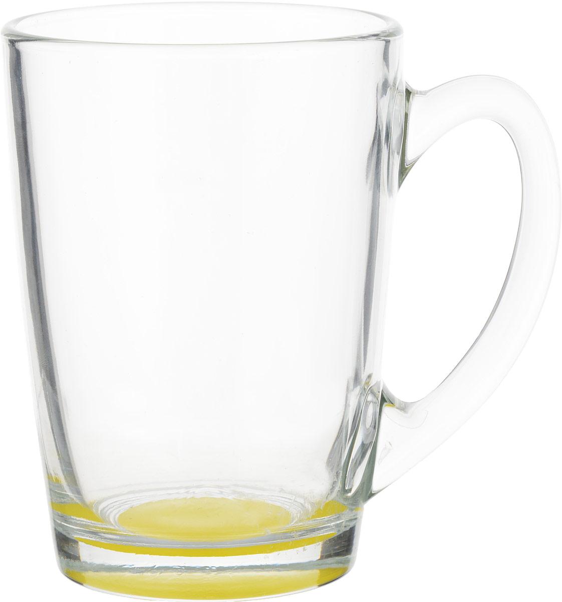 Кружка Luminarc Morning Rainbow, цвет: прозрачный, желтый, 320 млJ5974_желтыйКружка Luminarc Morning Rainbow изготовлена из упрочненного стекла. Такая кружка прекрасно подойдет для горячих и холодных напитков. Она дополнит коллекцию вашей кухонной посуды и будет служить долгие годы. Диаметр кружки (по верхнему краю): 8 см. Высота стенки кружки: 11 см.Бренд Luminarc – это один из лидеров мирового рынка по производству посуды и товаров для дома. В основе процесса изготовления лежит высококачественное сырье, а также строгий контроль качества.