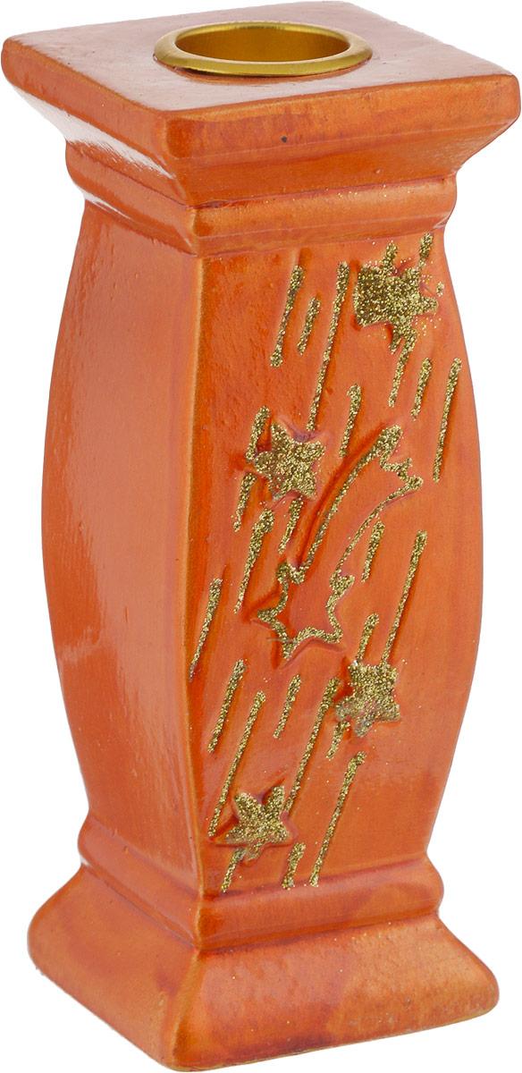 Подсвечник декоративный House & Holder, цвет: оранжевый, золотистый, 5 х 5 х 12,3 смDHS11330_квадратный, оранжевыйПодсвечник House & Holder выполнен из керамики и украшен блестками. В подсвечнике имеется специальное место для свечки (в комплект не входит). Изделие будет прекрасно смотреться на праздничном столе. Новогодние украшения несут в себе волшебство и красоту праздника. Они помогут вам украсить дом к предстоящим праздникам и оживить интерьер по вашему вкусу. Создайте в доме атмосферу тепла, веселья и радости, украшая его всей семьей.Диаметр места для свечки: 2,2 см.