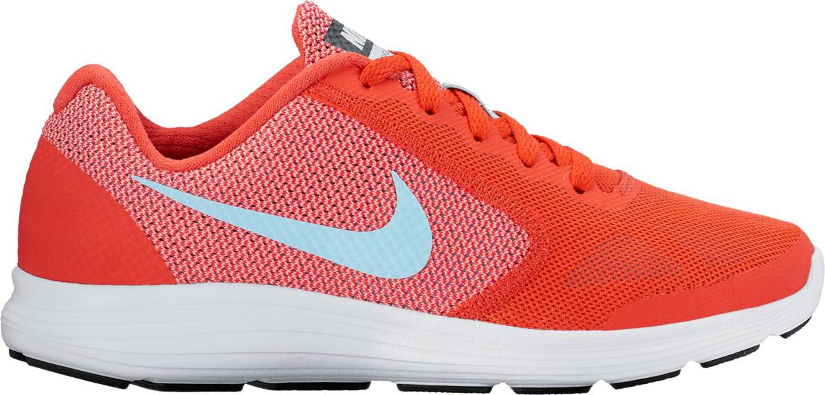 Кроссовки для девочки Nike Revolution 3 (GS), цвет: красный. 819416-802. Размер 5,5 (37)819416-802Беговые кроссовки для девочек Nike Revolution 3 (GS) с легким верхом из сетки и бесшовными кожаными накладками для воздухопроницаемости и поддержки. Эластичные желобки в полноразмерной промежуточной подошве из пеноматериала для естественности движений. Верх из сетки с бесшовными накладками для плотной посадки и воздухопроницаемости. Полноразмерная промежуточная подошва из материала обеспечивает невесомую амортизацию. Глубокие эластичные желобки обеспечивают естественность движений.