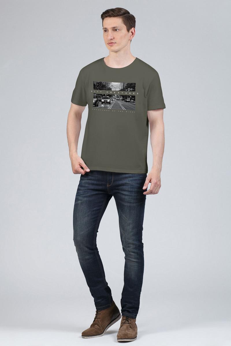 Футболка мужская Tom Farr, цвет: хаки. TM4028.47808-1-coll. Размер S (46)TM4028.47808-1-collМужская футболка от Tom Farr выполнена из натурального хлопка. Модель с короткими рукавами и круглым вырезом горловины спереди оформлена принтом.