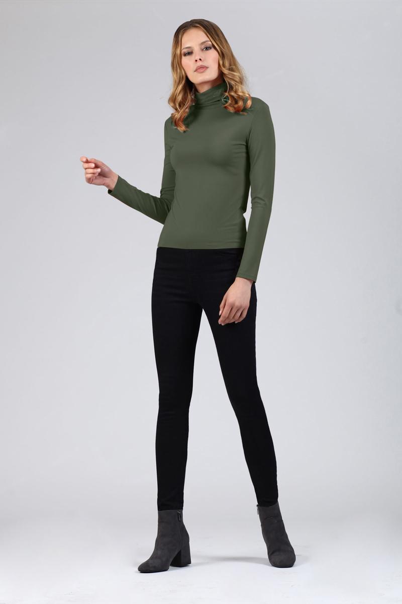 Водолазка женская Tom Farr, цвет: хаки. TW4521.47808-1-coll. Размер L (48)TW4521.47808-1-collЖенская водолазка от Tom Farr выполнена из эластичной вискозы. Модель с длинными рукавами и воротником-гольф.
