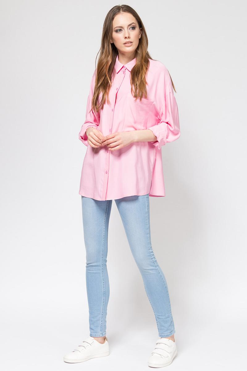 Блузка женская Tom Farr, цвет: светло-розовый. TW7508.79702-1-coll. Размер XXL (52)TW7508.79702-1-collЖенская блузка от Tom Farr выполнена из натуральной вискозы. Модель свободного кроя с длинными рукавами и отложным воротником застегивается на пуговицы, на груди дополнена накладными карманами. Манжеты на пуговицах.