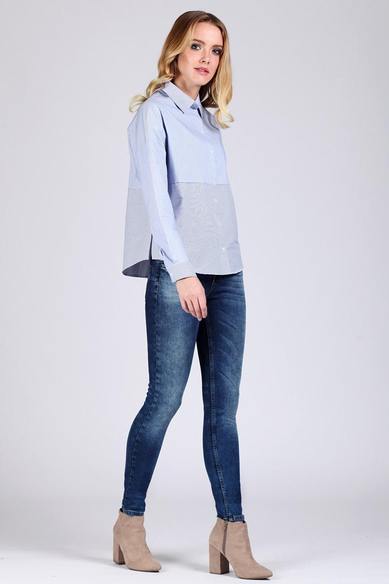 Джинсы женские Tom Farr, цвет: голубой. TW5628.34709-1-coll. Размер 26-32 (42-32)TW5628.34709-1-collЖенские джинсы от Tom Farr выполнены из эластичного хлопкового денима. Модель облегающего кроя в поясе застегивается на пуговицу и имеет ширинку на молнии, имеются шлевки для ремня. Джинсы имеют классический пятикарманный крой.