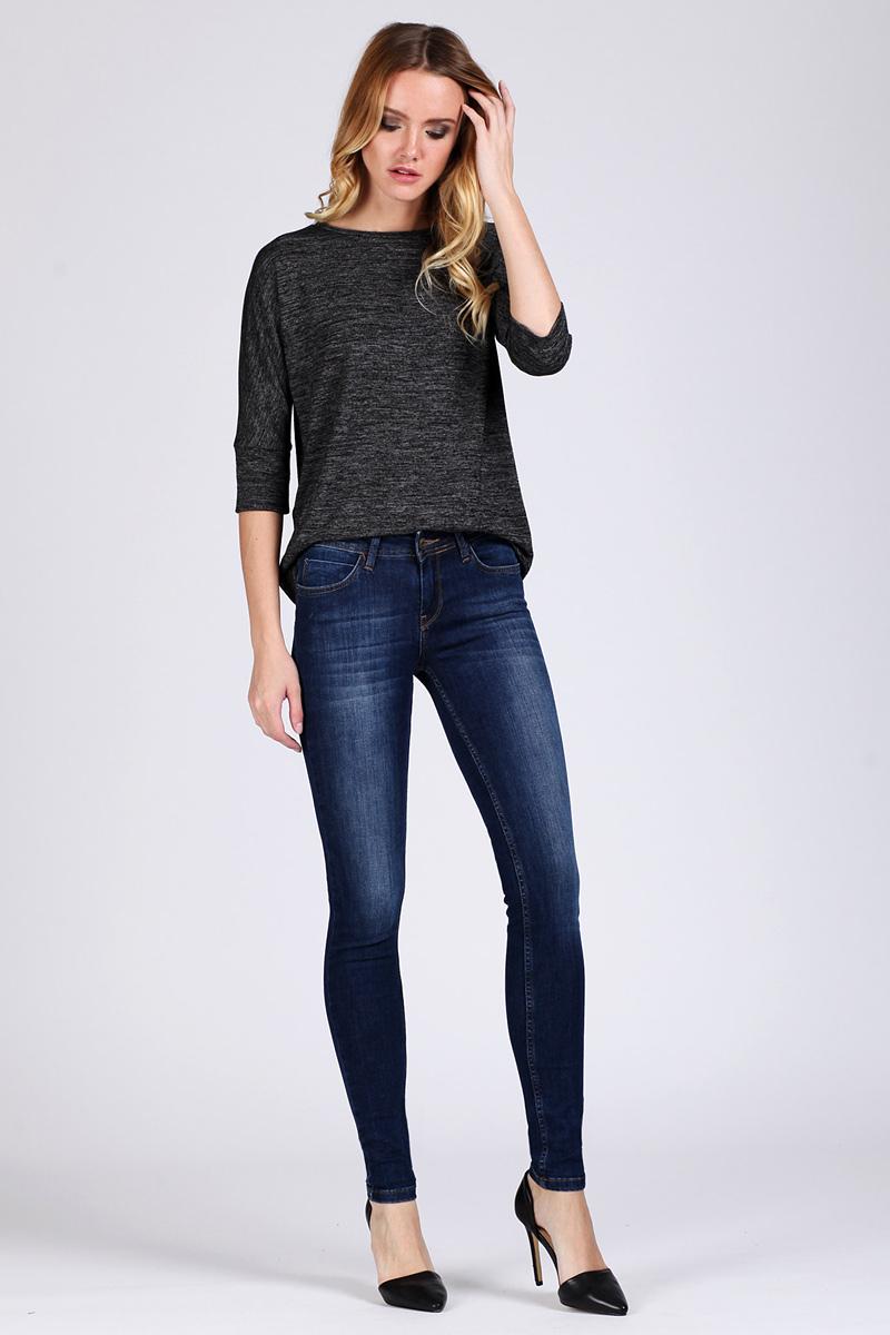 Джинсы женские Tom Farr, цвет: синий. TW5586.36709-1-jcoll. Размер 28-32 (44/46-32)TW5586.36709-1-jcollЖенские джинсы от Tom Farr выполнены из эластичного хлопкового денима. Модель облегающего кроя в поясе застегивается на пуговицу и имеет ширинку на молнии, имеются шлевки для ремня. Джинсы имеют классический пятикарманный крой.