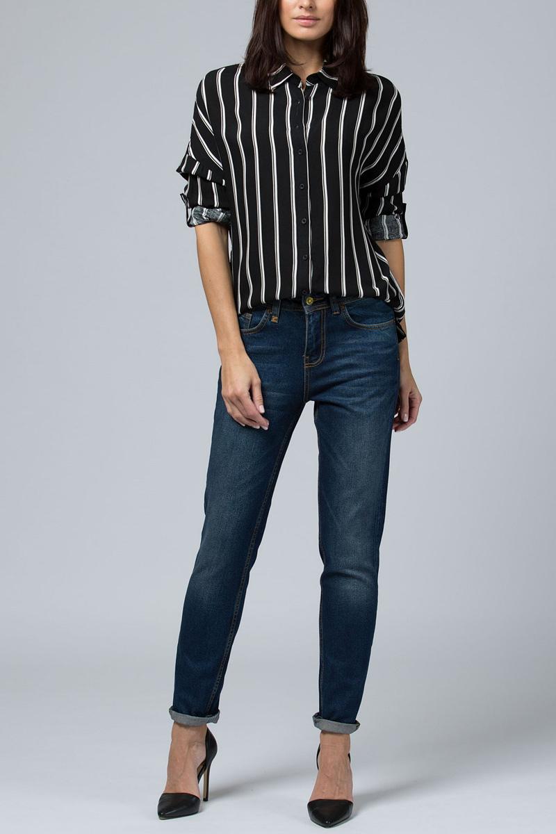 Джинсы женские Tom Farr, цвет: синий. TW5600.36708-2-coll. Размер 27-32 (44-32)TW5600.36708-2-collЖенские джинсы от Tom Farr выполнены из натурального хлопкового денима. Модель кроя бойфренд с заниженной талией в поясе застегивается на пуговицу и имеет ширинку на молнии, имеются шлевки для ремня. Джинсы имеют классический пятикарманный крой.