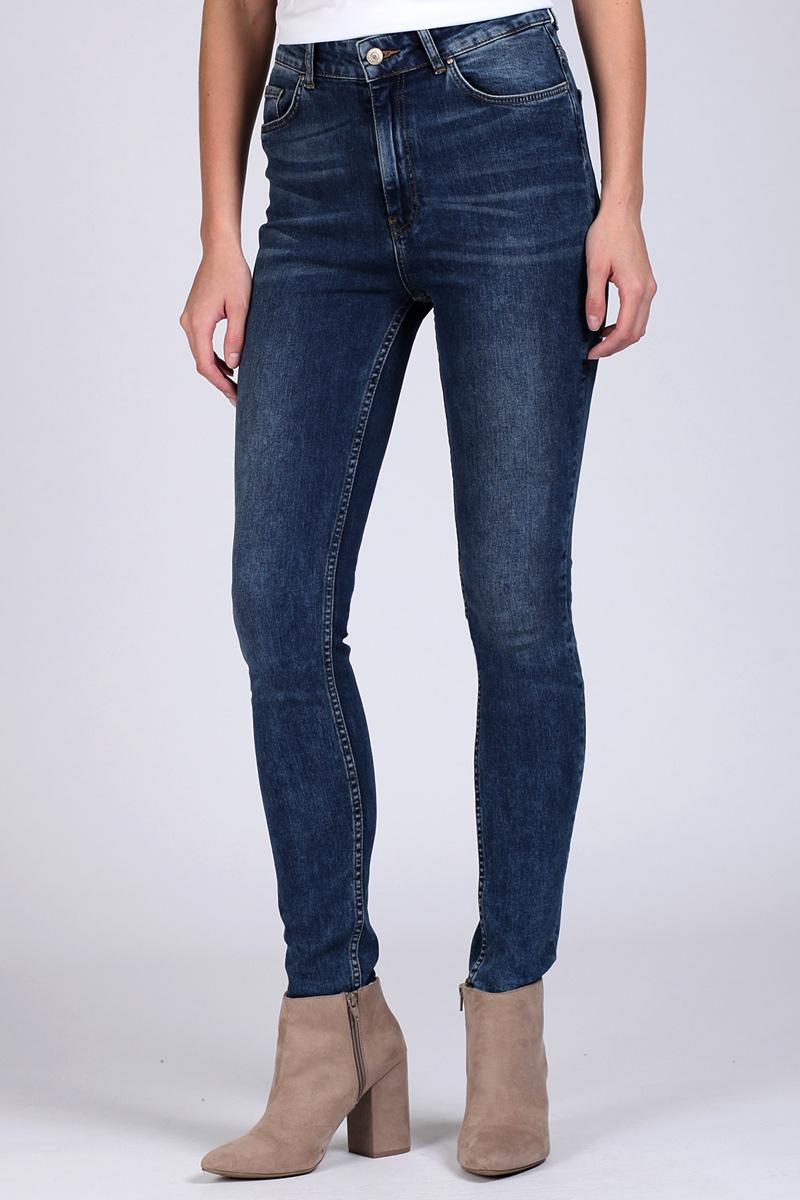 Джинсы женские Tom Farr, цвет: темно-синий. TW5643.38709-1-jcoll. Размер 26-32 (42-32) джинсы женские diesel цвет синий 00s142 0679w 01 размер 26 32 42 32