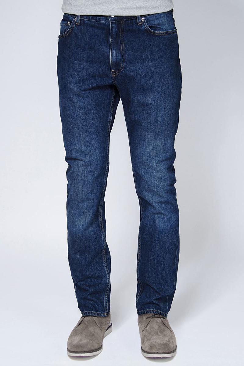 Джинсы мужские Tom Farr, цвет: синий. T4FM5031.36807-2-promo. Размер 30-34 (48-34)T4FM5031.36807-2-promoМужские джинсы от Tom Farr выполнены из эластичного хлопкового денима. Модель прямого кроя в поясе застегивается на пуговицу и имеет ширинку на молнии, имеются шлевки для ремня. Джинсы имеют классический пятикарманный крой.