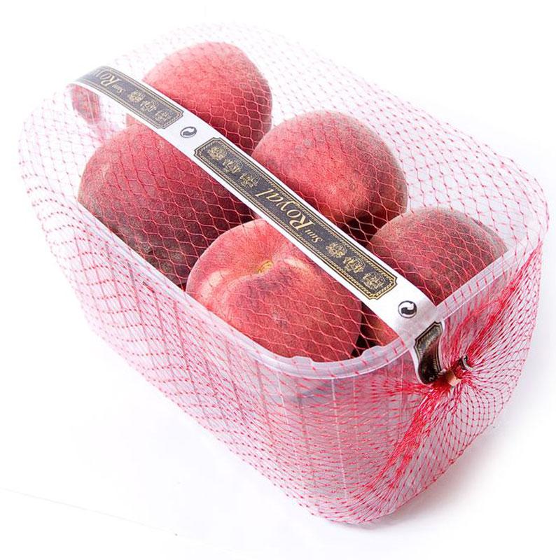 Персики, 500 г953Персик - слегка опушенный плод округлой формы с желтоватой бороздкой на одной из сторон. Мякоть персика сладкая и сочная, внутри - косточка. Персик содержит большое количество витаминов и минералов, обладает диетическими свойствами. Его можно употреблять как детям, так и взрослым. Плод улучшает аппетит и пищеварение, поддерживает общее состояние организма.