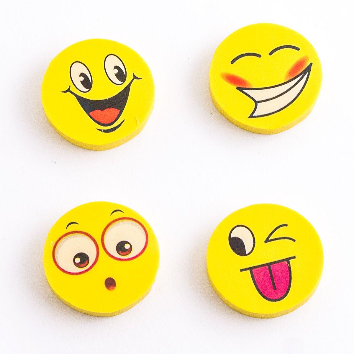 Эврика Набор ластиков Смайлы 4 шт98673Нескучная канцелярия. Забавные смеющиеся рожицы – смайлы сделают самую трудную работу гораздо веселее, порадуют и совсем маленьких художников и тех, кто постарше. В комплекте 4 ластика, упакованных в слюдяной пакет. Не рекомендовано детям младше 3-х лет. Материал: резина. Рекомендуем покупать кратно 36 шт