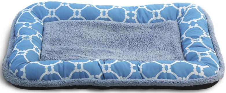 Лежак-матрас для животных Triol Лазурный берег, цвет: голубой. Размер M, 70 x 47 x 6 см10011411Лежак-матрас Лазурный берег - классический вариант спального места для питомца. Бортик выполнен из полиэстера, центральная часть из плюша. Противоскользящее дно. Легко чистится и подходит для стирки в стиральной машине.