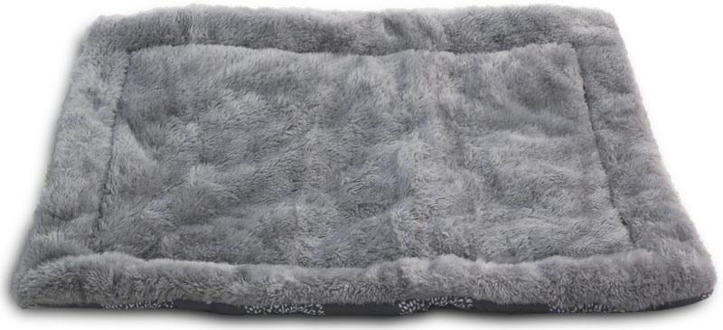 Лежак-матрас для животных Triol Сказочный лес, цвет: серый. Размер S, 70 x 47 смЛО1тзЛежак-матрас Сказочный лес - классический вариант спального места для питомца. Однасторона выполнена из теплого плюша, другая из прохладного полиэстера. Легко чистится иподходит для стирки в стиральной машине.