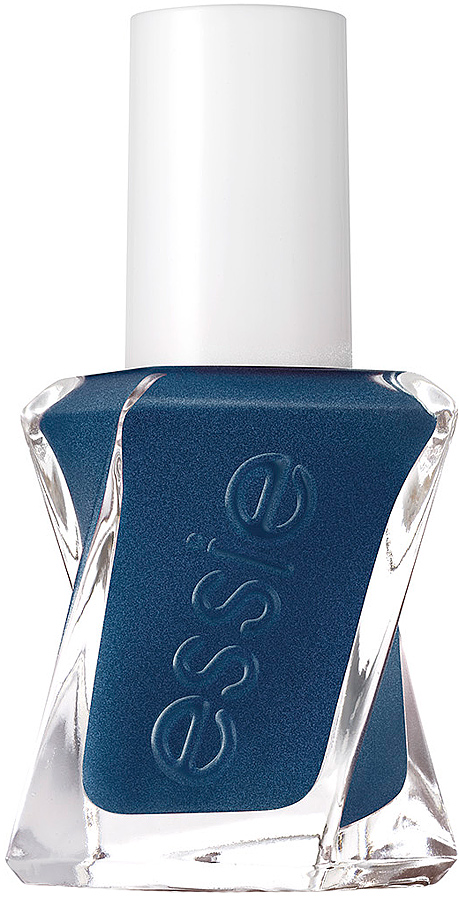 Essie Гель-кутюр лак для ногтей, оттенок 390, Блеск пуговиц, 13,5 млB2772200Сделать идеальный маникюр стало гораздо проще, используя гель-лак для ногтей от Essie. Насыщенный оттенок390 Блеск пуговиц и новое верхнее покрытие Топ-коат позволяют создать невероятный блеск благодаря технологии Pro-platinum.Спиралевидная широкая кисточка удобна в использовании – она покрывает весь ноготь и обеспечивает ровное нанесение лака, который держится до 12 дней.Оттенок Блеск пуговиц завораживает, как звездное небо. Глубокий синий цвет с серебристым глиттером разных размеров создает роскошное сияющее покрытие.Как ухаживать за ногтями: советы эксперта. Статья OZON Гид