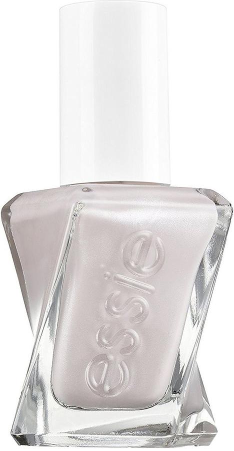Essie Гель-кутюр лак для ногтей, оттенок 90, 13,5 млB2774400Сделать идеальный маникюр стало гораздо проще, используя гель-лак для ногтей от Essie. Насыщенный оттенок90 Идеальный крой и новое верхнее покрытие Топ-коат позволяют создать невероятный блеск благодаря технологии Pro-platinum.Спиралевидная широкая кисточка удобна в использовании – она покрывает весь ноготь и обеспечивает ровное нанесение лака, который держится до 12 дней.Оттенок Идеальный крой – настоящая жемчужина в нежной пудровой палитре. Бесконечно элегантный серо-бежевый цвет дополнен микроскопическим глиттером, создающим мягкое сияние.Как ухаживать за ногтями: советы эксперта. Статья OZON Гид