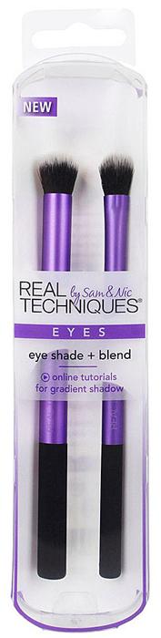 Real Techniques Набор для макияжа глаз Eye Shade + Blend1529MНабор Eye Shade + Blend для макияжа глаз разработан специально для нанесения теней для век и мягкой растушевки. Используйте как с пудровыми, так и кремовыми тенями. В набор входят 2 кисти: base shadow brush: кисть для нанесения базовых теней имеет тонкие и мягкие щетинки для постепенного усиления цвета и заостренную форму для более удобного нанесения. deluxe crease brush: превосходная кисть для растушевки теней на складке века. Ультрамягкий синтетический ворс, легко моются, износостойкие.