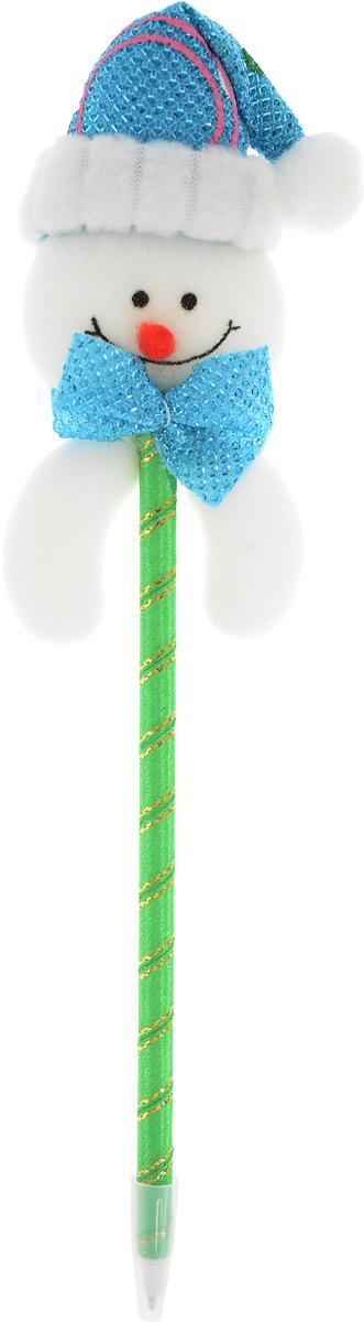 Страна Карнавалия Ручка шариковая Новый Год Снеговик цвет зеленый синий 10726531072653_зеленый, синийШариковая ручка с тематическим принтом станет отличным презентом в новогодние праздники! Для взрослых это будет оригинальное украшение рабочего стола и приятное напоминание о человеке, который преподнёс такой сувенир.А маленьких деток привлечёт красочный дизайн - за уроки они будут браться с энтузиазмом. Наконечник в форме различных фигурок подарит улыбки и море позитива - такой зимний атрибут просто не захочется выпускать из рук!Размер ручки: 6 см х 2 см х 22 см.