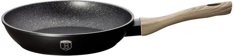 Сковорода Berlinger Haus Forest Line, с антипригарным покрытием, цвет: черный. Диаметр 24 см. 1702-ВН1702-ВНСковорода диаметр 24*5см, кованый алюминий, 3 слоя мраморно-гранитного покрытия, толщина стенок 0,5 см, эргономичная ручка soft touch, индукционное дно, цвет: черный, подставка под горячее в подарок. Подходит для всех видов плит: газовых, электрических, стеклокерамических, галогенных, индукционных.