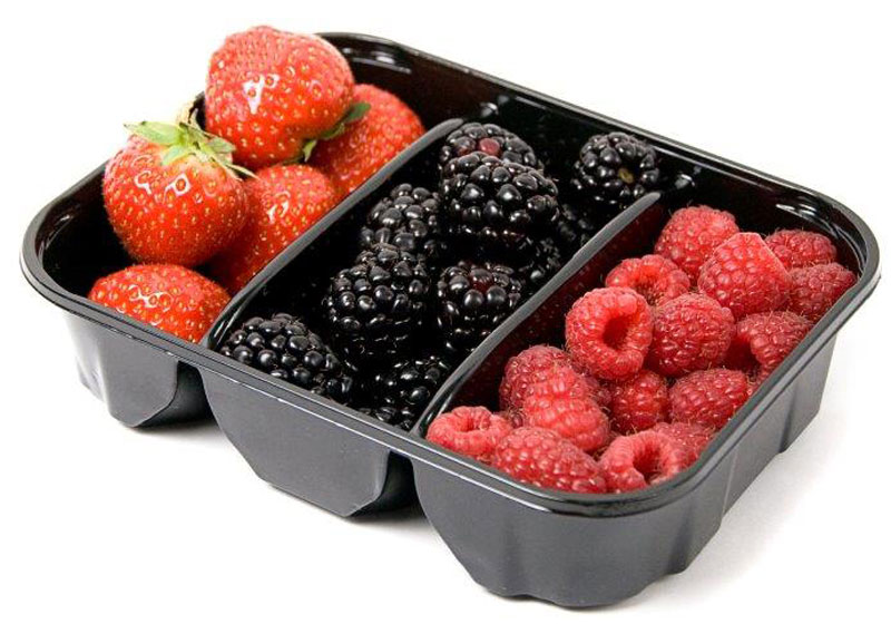 Ягодный тримикс: Клубника, Малина, Ежевика, 300 г5432В наборе три вида свежих вкусных ягод. Благодаря своему аромату и вкусу эти ягоды хороши как в свежем, так и в переработанном виде. Ягоды прекрасно подойдут в качестве ингредиента для приготовления фруктовых напитков, десертов, вареников, пирогов и других сладких блюд.