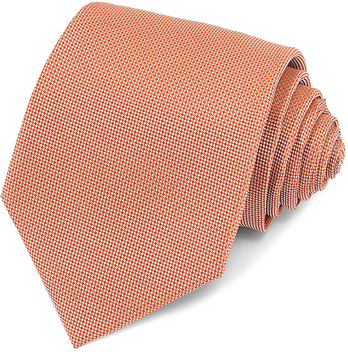 Галстук мужской Carpenter, цвет: оранжевый. 308.4.46. Размер универсальный308.4.46Галстук Carpenter сшит вручную из микрофибры с мелкими элементами. Особую прочность и пластичность шелкоподобной ткани обеспечивают тончайшие волокона полиэстера. Галстук прекрасно дополнит сорочки с воротниками: французским и французским развернутым (акула). Этот стильный аксессуар прослужит долго благодаря нанесению защитного слоя тефлона вокруг каждой нити. Аксессуары Carpenter - эффектные дополнения для торжества и на каждый день!